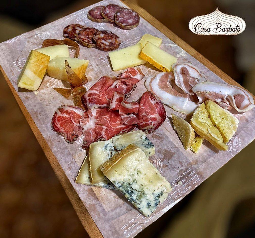 Tagliere selezione salumi e formaggi